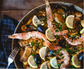 Hola Espana: Андалузский стейк, Паэлья и Тарт